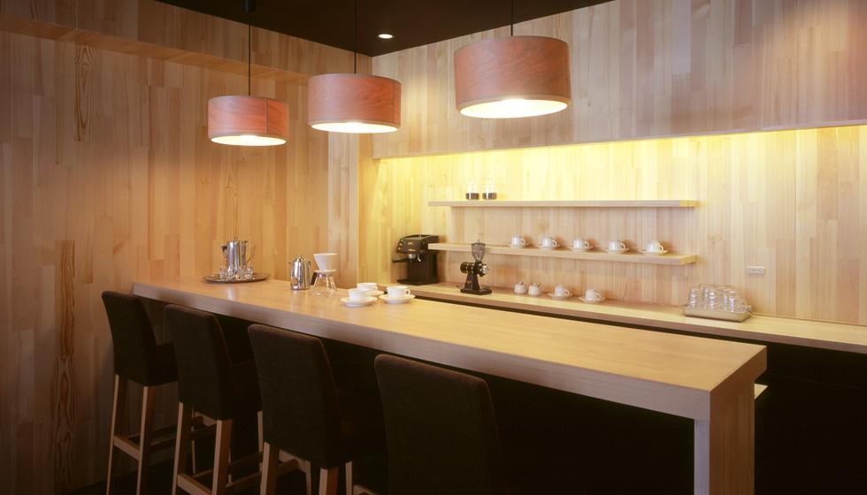照明はブナコ株式会社さんのランプを使用しています。